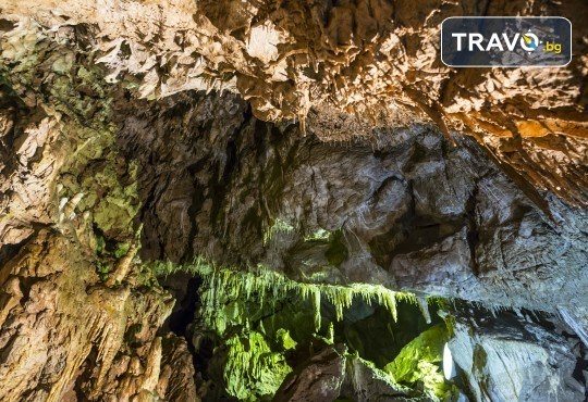 Екскурзия през октомври до Пампорово, Ягодинската пещера и Дяволското гърло! 1 нощувка със закуска и вечеря, транспорт и екскурзовод - Снимка 9