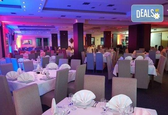 Нова година 2020 в Крушевац, Сърбия! 2 нощувки в SPA Hotel Golf 3*, 2 закуски, празнична вечеря с музика на живо и неограничени напитки, транспорт - Снимка 5