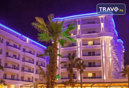 Посрещнете Нова година 2020 в хотел Fafa Premium Resort 4*, Албания, с АБВ Травелс! 3 нощувки, 3 закуски и 2 вечери, транспорт и програма в Дуръс, Скопие и Охрид! - Снимка 1
