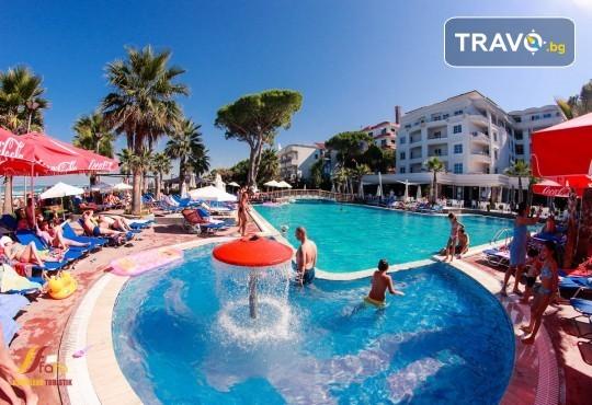 Посрещнете Нова година 2020 в хотел Fafa Premium Resort 4*, Албания, с АБВ Травелс! 3 нощувки, 3 закуски и 2 вечери, транспорт и програма в Дуръс, Скопие и Охрид! - Снимка 7
