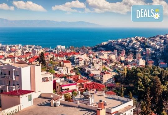 На разходка и шопинг за един ден през октомври до Кавала, Гърция! Транспорт и екскурзовод от туроператор Поход! - Снимка 3