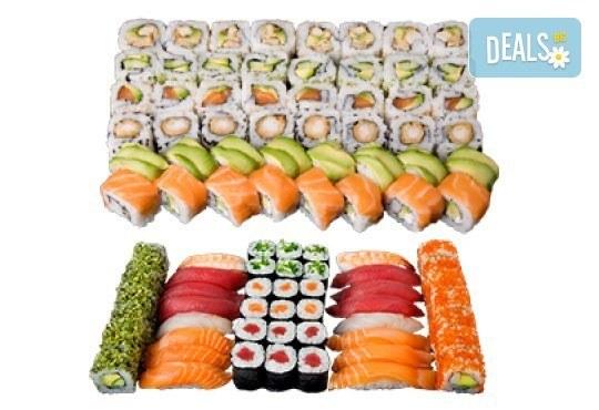 Екзотичен суши сет Киото с 45 броя суши хапки със сьомга, скумрия, сурими и скарида от Sushi King! - Снимка 3