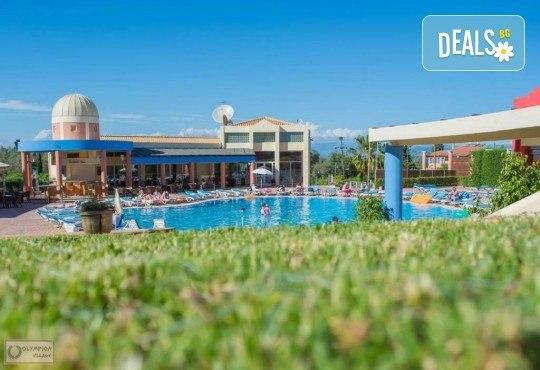 Посрещнете Нова година 2020 на о. Корфу, Гърция, с България Травъл! 3 нощувки със закуски и 2 вечери в Olympion village 3+*, транспорт и водач - Снимка 7