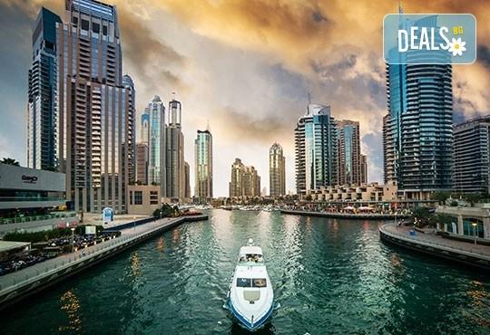През есента до екзотичния Дубай! 4 нощувки със закуски и вечери в хотел 3* или 4*, самолетен билет, трансфери, сафари в пустинята, посещение на Абу Даби и круиз в Дубай Марина! - Снимка 10