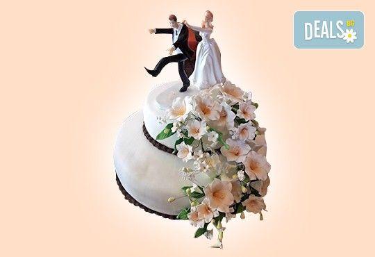 За Вашата сватба! Бутикова сватбена торта с АРТ декорация от Сладкарница Джорджо Джани! - Снимка 23