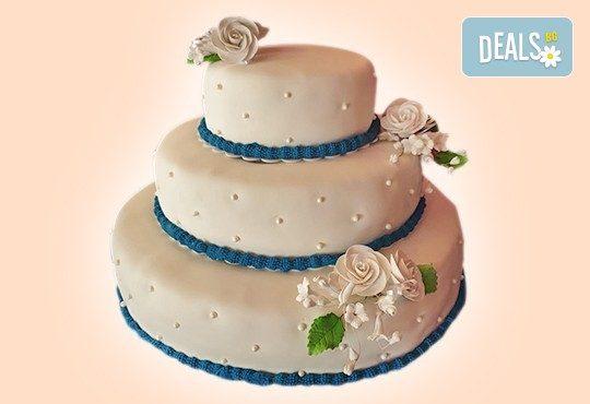 За Вашата сватба! Бутикова сватбена торта с АРТ декорация от Сладкарница Джорджо Джани! - Снимка 26