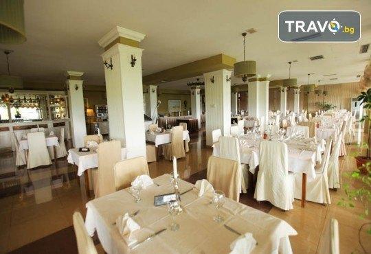 4-звездна Нова година в Охрид! 3 нощувки със закуски и 2 вечери в Hotel Belvedere, Новогодишна празнична вечеря и транспорт - Снимка 9