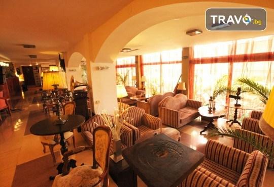 4-звездна Нова година в Охрид! 3 нощувки със закуски и 2 вечери в Hotel Belvedere, Новогодишна празнична вечеря и транспорт - Снимка 12