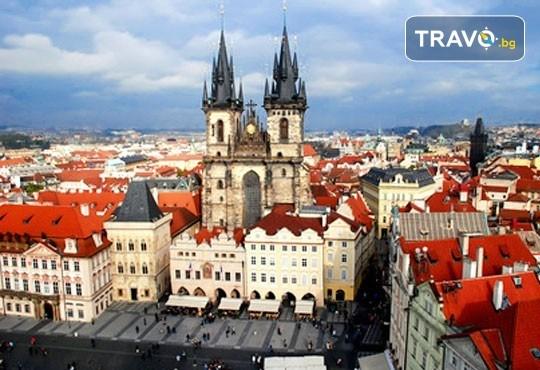 Коледна магия в Прага и Братислава! 3 нощувки със закуски, транспорт и екскурзовод от Комфорт Травел! - Снимка 5