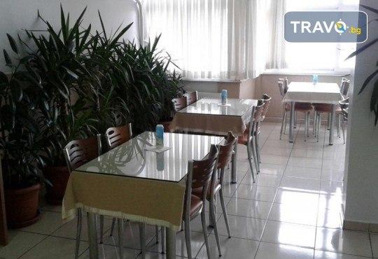 Ранни записвания за Фестивал на лалето 2020 в Истанбул със Запрянов Травел! 2 нощувки със закуски, транспорт, посещение на мол в Истанбул и програма в Одрин - Снимка 16