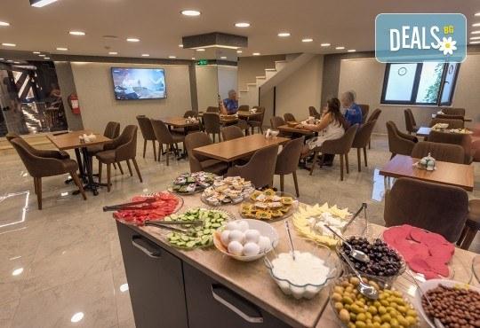 Нова година в Истанбул! 2 нощувки със закуски в Grand Ahi Hotel 3*, транспорт, водач и посещение на Одрин - Снимка 16