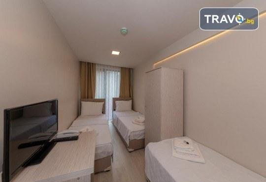Нова година в Истанбул! 2 нощувки със закуски в Grand Ahi Hotel 3*, транспорт, водач и посещение на Одрин - Снимка 11