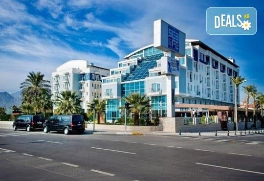 Нова Година 2020 в хотел Sealife Family Resort Hotel 5*, Анталия, с BELPREGO Travel! 4 нощувки на база All inclusive, възможност за транспорт - Снимка 2