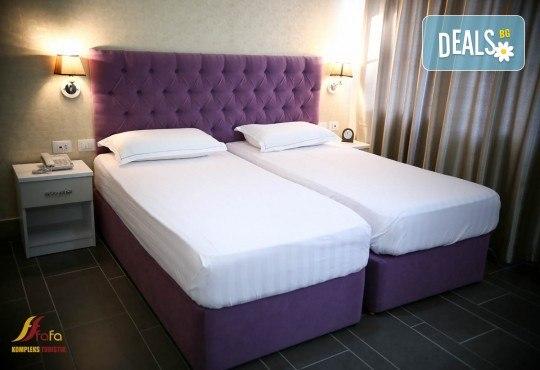 Посрещнете Нова година в Fafa Premium Hotel 4+*, Дуръс! 3 нощувки с 3 закуски и 2 вечери, транспорт, посещение на Скопие, Струга и Елбасан - Снимка 3