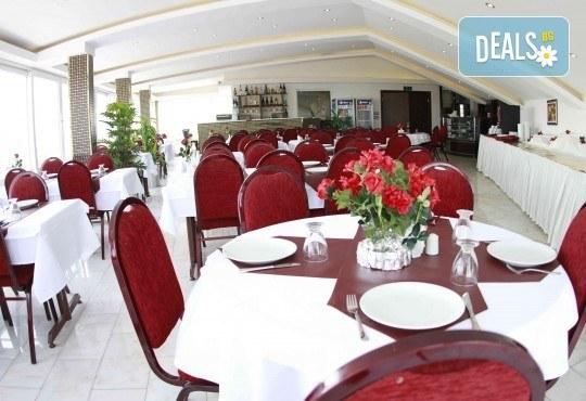Нова година в Истанбул на супер цена! 2 нощувки със закуски в Kuran Hotel 3*, транспорт и посещение на Одрин - Снимка 16
