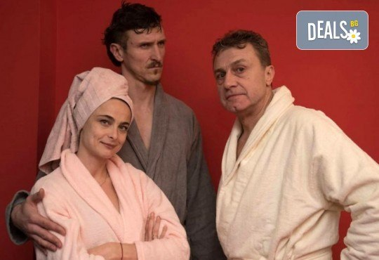 Гледайте Йоана Буковска, Димо Алексиев и Емил Марков в Една седмица, не повече ... на 15.10., от 19:00 ч, Театър Сълза и Смях, 1 билет - Снимка 2