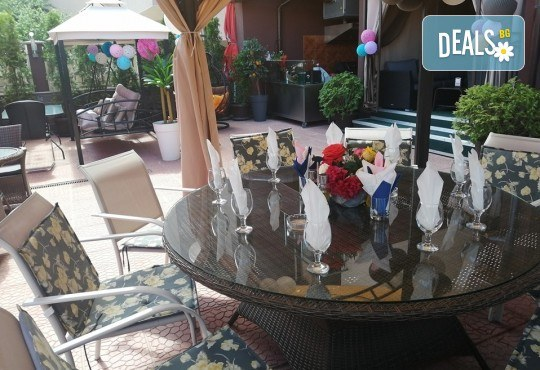 Хапнете вкусно и изгодно! Основно ястие и салата по избор от La Dolce Vita bar & dinner! - Снимка 11
