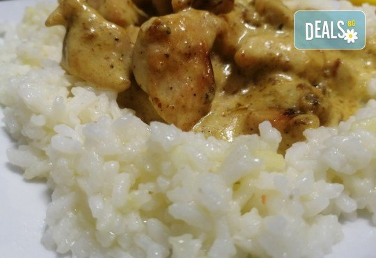 Хапнете вкусно и изгодно! Основно ястие и салата по избор от La Dolce Vita bar & dinner! - Снимка 8