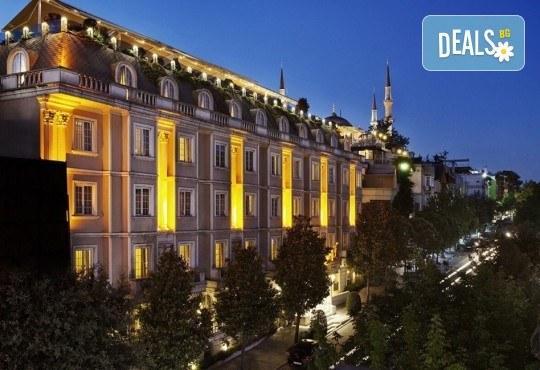 Петзвездна Нова година в Eresin Topkapi Hotel в Истанбул! 2 нощувки със закуски, ползване на турска баня, басейн и сауна - Снимка 3