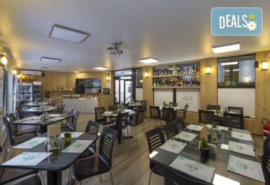 Нова година 2020 в СПА курорта Сокобаня, Сърбия! 3 нощувки със закуски в хотел Nataly Spa, 3 обяда и 3 вечери на база All inclusive, едната - Новогодишна, възможност за транспорт - Снимка 11