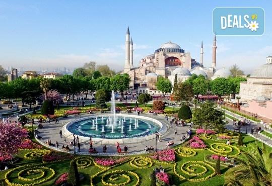 От Варна и Бургас! Фестивал на лалето 2020 в Истанбул със Запрянов Травел! 2 нощувки със закуски, транспорт, посещение на мол в Истанбул и посещение на Лозенград - Снимка 2