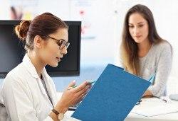 Преглед при лекар специалист Нервни болести - д-р Пачолова, в ДКЦ Alexandra Health! - Снимка