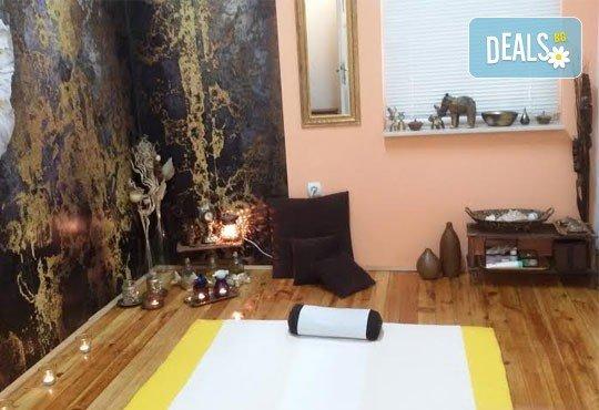 120-минутна терапия Тибет с топли камъни, билкови торбички и Широдра - изливане на топли масла върху главата и челото от GreenHealth! - Снимка 6