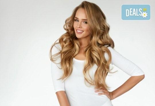 Поставяне на ред коса с капси с коса на клиента и подарък: оформяне със сешоар по избор от стилист на Салон Miss Beauty! - Снимка 2
