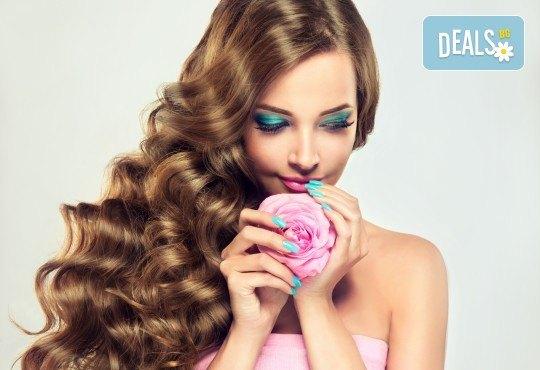 Поставяне на ред коса с капси с коса на клиента и подарък: оформяне със сешоар по избор от стилист на Салон Miss Beauty! - Снимка 1