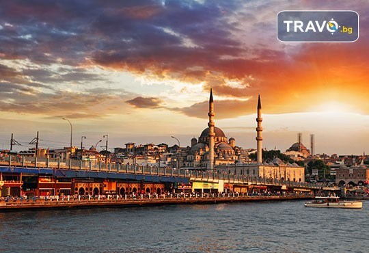 Посрещнете Нова година в Истанбул! 2 нощувки със закуски в Hotel Vatan Asur 4*, транспорт и посещение на мол Erasta в Одрин - Снимка 2