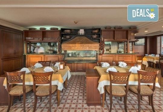 Посрещнете Нова година в Истанбул! 2 нощувки със закуски в Hotel Vatan Asur 4*, транспорт и посещение на мол Erasta в Одрин - Снимка 14