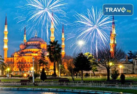 Посрещнете Нова година в Истанбул! 2 нощувки със закуски в Hotel Vatan Asur 4*, транспорт и посещение на мол Erasta в Одрин - Снимка 1