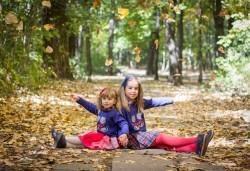 Едночасова детска или семейна фотосесия в студио или на открито и обработка на всички кадри от фотостудио Arsov Image! - Снимка