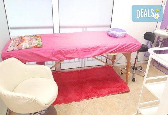 Дълготрайни цветове! Класически или апаратен маникюр с гел лак в NSB Beauty Center! - Снимка 6