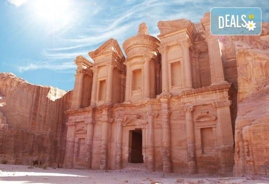 Екзотична есенна екскурзия до Йордания! 4 нощувки със закуски в хотел 4*, самолетен билет и трансфери, входна виза - Снимка 4