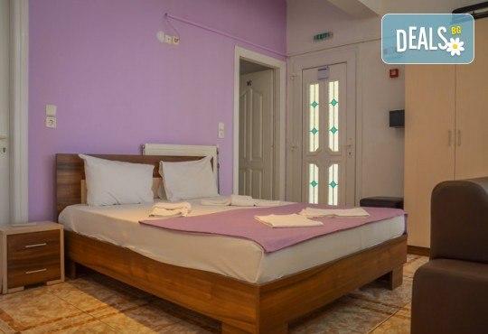 Нова година на остров Тасос! 3 нощувки със закуски и вечери в Hotel Ellas 3*, Новогодишна вечеря, транспорт и посещение на Кавала - Снимка 3
