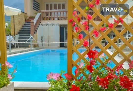 Нова година на остров Тасос! 3 нощувки със закуски и вечери в Hotel Ellas 3*, Новогодишна вечеря, транспорт и посещение на Кавала - Снимка 2