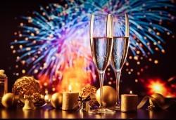 Посрещнете Нова година 2020 в Кипър с ТА Солвекс! Самолетен билет, летищни такси, багаж, трансфер, 4 нощувки със закуски и вечери в Kapetanios Hotel 3* - Снимка