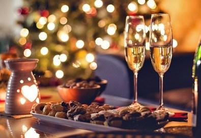 Нова година 2020 в Кипър с полет от Варна! Самолетен билет, летищни такси, багаж, трансфер, 4 нощувки със закуски и вечери в Kapetanios Hotel 3* - Снимка
