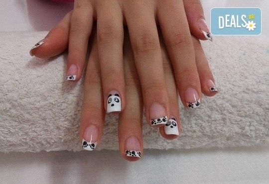 Изящни нокти! Маникюр с гел лак и неограничен брой декорации в салон за красота Sunshine! - Снимка 8