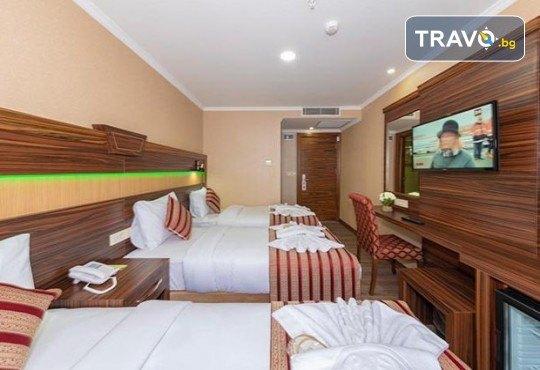 Посрещнете Нова година в Истанбул с Дениз Травел! 3 нощувки със закуски в The Vison Deluxe Hotel Istanbul 4*, транспорт и бонуси: посещение на мол Forum и Одрин - Снимка 8