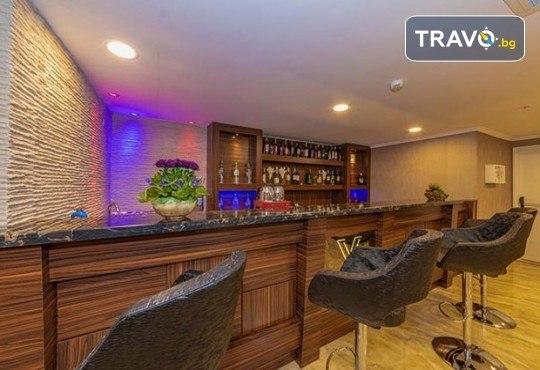 Посрещнете Нова година в Истанбул с Дениз Травел! 3 нощувки със закуски в The Vison Deluxe Hotel Istanbul 4*, транспорт и бонуси: посещение на мол Forum и Одрин - Снимка 11