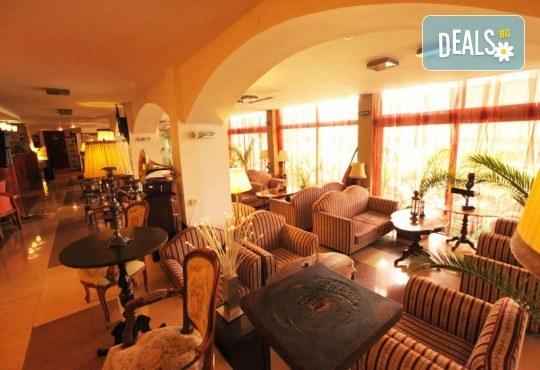 Отпразнувайте идването на Новата 2020 година в Охрид! 3 нощувки със закуски и вечери в Hotel Belvedere 4*, транспорт, Новогодишна вечеря, разходка в Скопие, Струга и Битоля - Снимка 17
