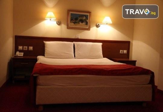 Отпразнувайте идването на Новата 2020 година в Охрид! 3 нощувки със закуски и вечери в Hotel Belvedere 4*, транспорт, Новогодишна вечеря, разходка в Скопие, Струга и Битоля - Снимка 12