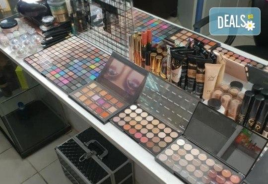 За зашеметяваща визия! Дневен или вечерен грим от професионален гримьор, с или без поставяне на мигли от Makeup by MM! - Снимка 11