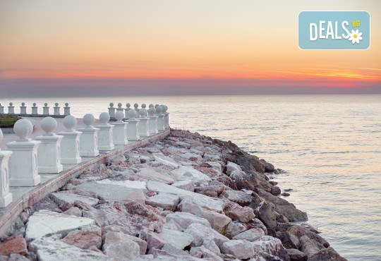 Посрещнете Нова година 2020 в хотел Grand Blue Fafa Resort 5*, Албания, с АБВ Травелс! 3 нощувки, 3 закуски и 2 вечери, транспорт и програма в Дуръс, Скопие и Охрид! - Снимка 8