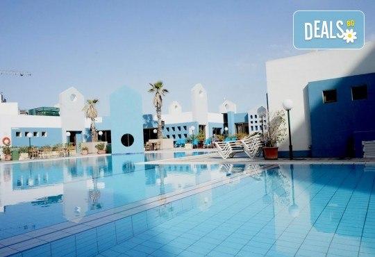 Екскурзия през ноември до Малта! 3 нощувки със закуски в The St. George's Park Hotel 3* в Сейнт Джулианс, самолетен билет и трансфери - Снимка 12