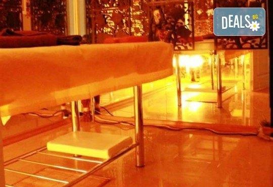 Красиви и поддържани крака! СПА педикюр с лакове на OPI в салон за красота Лаура Стайл! - Снимка 5