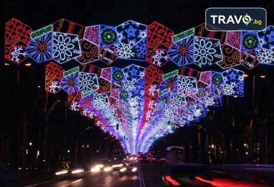 Посрещнете Коледа в уникално украсената Барселона, с ТА Солвекс! Самолетен билет, летищни такси, трансфер, 4 нощувки със закуски в Front Maritim 4*, пешеходни обиколки - Снимка 2
