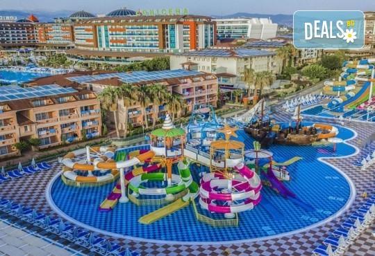Лятна почивка 2020 на супер цена! 7 нощувки на база Ultra All Inclusive в Lonicera Resort 5* в Алания, възможност за транспорт - Снимка 3